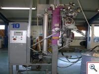 Nakładanie szczeliwa organicznego wewnętrznego - produkcja okien